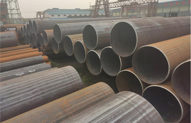 What is the strength and strength ratio of steel pipes?